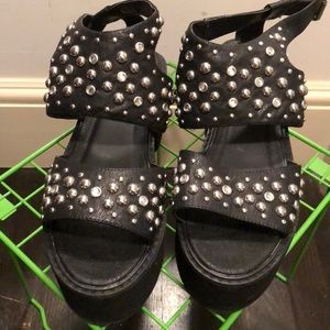 e6dad3cf1067 ASOS Shoes - ASOS TABLOID Studded Chunky Sandals